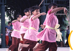 Angkor Dance Troupe, Lowell, Massachusetts, 1999. Photo by Maggie Holtzberg.