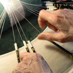 Bobbin lacemaker